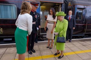 Μέγκαν Μαρκλ: Στο τρένο με την Βασίλισσα Ελισάβετ