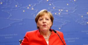 Συμφωνία της Μέρκελ με 14 χώρες για την επανεισδοχή προσφύγων
