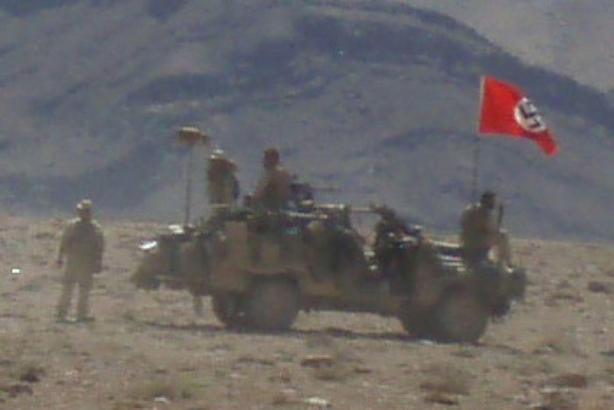 Αυστραλία: Ναζιστική σημαία σε στρατιωτικό όχημα προκαλεί οργή [pics]   Newsit.gr
