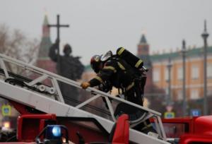 Συναγερμός στην Ρωσία: Φωτιά σε μεγάλο εμπορικό κέντρο