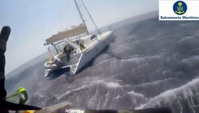 Ισπανία: 418 μετανάστες διασώθηκαν στη θάλασσα με τρεις επιχειρήσεις [vid] | Newsit.gr