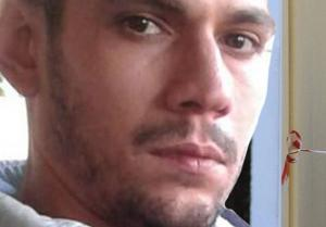 Πύργος: Πέθανε μπροστά στους φίλους του ο Παναγιώτης Σταυρόπουλος – Τον μετέφεραν νεκρό με βέσπα [pics]