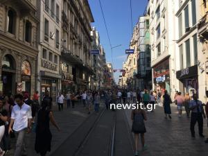 Εκλογές στην Τουρκία: Στους δρόμους της Κωνσταντινούπολης [pics, vids]