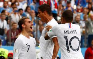 Μουντιάλ 2018: Ουρουγουάη – Γαλλία 0-2 ΤΕΛΙΚΟ – Στα ημιτελικά οι «τρικολόρ»