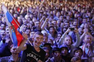 Μουντιάλ 2018: Οι «ήρωες» του Πούτιν! Θύμισαν Παγκόσμιο Πόλεμο οι εικόνες στη Ρωσία [pics]