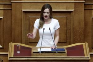 Αχτσιόγλου: Χρηματοδότηση από 30.000 – 150.000 ευρώ σε κοινωνικές επιχειρήσεις