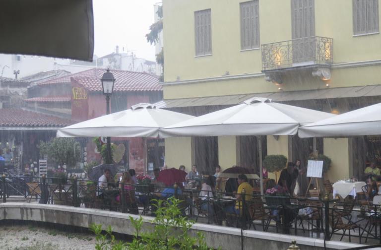 Καιρός: Καταιγίδες και ζέστη – Που θα βρέξει | Newsit.gr