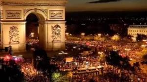 Μουντιάλ 2018: Η Γαλλία… βγήκε στους δρόμους μετά την πρόκριση στον τελικό – videos