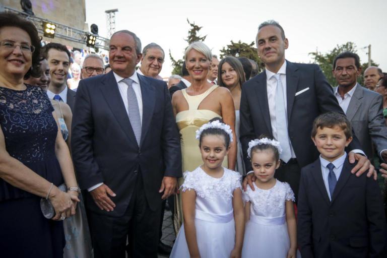 Κουμπάρος ο Κώστας Καραμανλής – Πάντρεψε τον δήμαρχο Γλυφάδας [pics] | Newsit.gr
