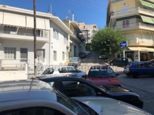 Λαμία: Αυτοκίνητο χωρίς οδηγό προκάλεσε τροχαίο – Αυτόπτες μάρτυρες προσπαθούσαν να πιστέψουν στα μάτια τους [pics]