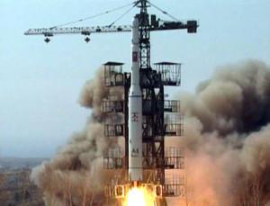 Νέους βαλλιστικούς πυραύλους ετοιμάζει ο Κιμ – Μπορούν να χτυπήσουν τις ΗΠΑ