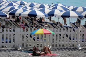 Γαλλία: Συναγερμός για τον καύσωνα – Κατάμεστες οι παραλίες!