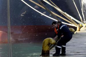 Απεργία ΠΝΟ: Δεμένα την Δευτέρα τα πλοία στα λιμάνια
