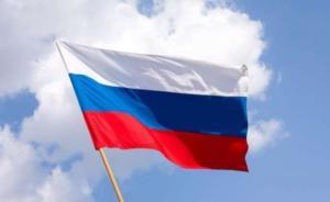 Ένας στους τρεις νέους θέλει να την… κάνει από την Ρωσία!