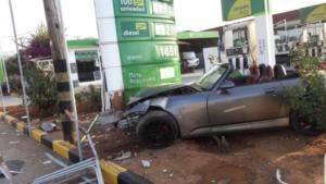 Χανιά: «Μπούκαρε» στο βενζινάδικο με το κάμπριο [pics]