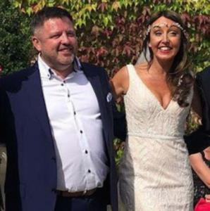 Φωτιά Αττική: Νεκρός ο Ιρλανδός, με σοβαρά εγκαύματα η νύφη – Τραγικό φινάλε στο γαμήλιο ταξίδι