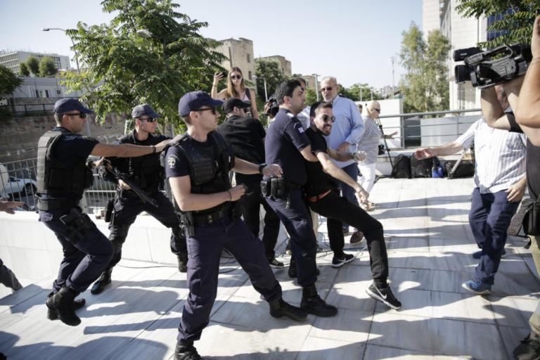 Δώρα Ζέμπερη: «Θα τον σκοτώσω και πεθαμένος»! Νέα διακοπή στη δίκη | Newsit.gr
