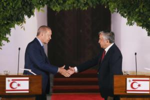 Ερντογάν – Ακιντζί για Κυπριακό: Εμείς προσπαθούμε, αλλά η ελληνοκυπριακή πλευρά δεν συνεργάζεται!