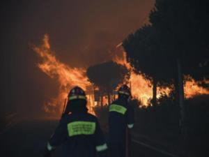 """""""Καίει"""" την Πυροσβεστική η υπεύθυνη της Περιφέρειας – Λάθος πληροφόρηση και αδυναμία εκκένωσης"""