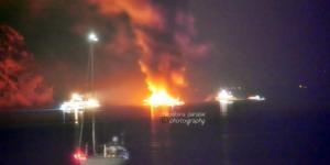 Ζάκυνθος: Θρίλερ σε φλεγόμενο ιστιοπλοϊκό σκάφος με 8 επιβάτες – Οι εικόνες που πάγωσαν τους πάντες [pics]