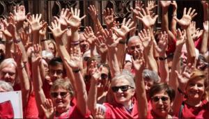 Η Ιταλία «κοκκίνισε» από αλληλεγγύη και ο Σαλβίνι απ' το… κακό του [pics]