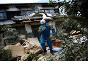 Ιαπωνία: 179 οι νεκροί από τις πλημμύρες