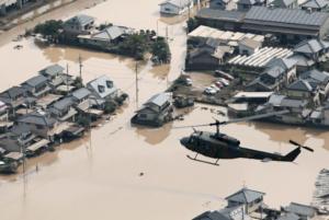Κλαίει όλη η Ιαπωνία – Οι πλημμύρες άφησαν πίσω τους νεκρούς και αγνοούμενους