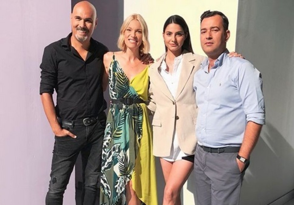 Βίκυ Καγιά: Φωτογραφίες και βίντεο από την προετοιμασία με τους συνεργάτες της για το Greece Next Top Model! | Newsit.gr