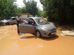 Μαρούσι: «Βυθίστηκαν» αυτοκίνητα σε υπαίθριο πάρκινγκ