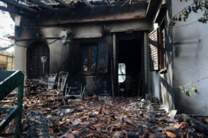 """Γερμανικά ΜΜΕ: """"Έχτιζαν αυθαίρετα στο Μάτι – Το συζητάνε χρόνια στην Ελλάδα"""""""
