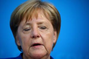 Γερμανία: Παράταση «ζωής» για τη Μέρκελ με συμφωνία για κέντρα τράνζιτ