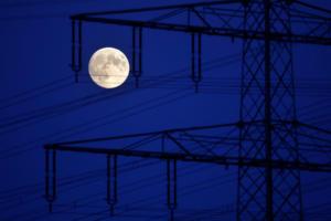 Τα μάτια ψηλά! Απόψε το ματωμένο φεγγάρι θα προσφέρει συγκινήσεις – pics