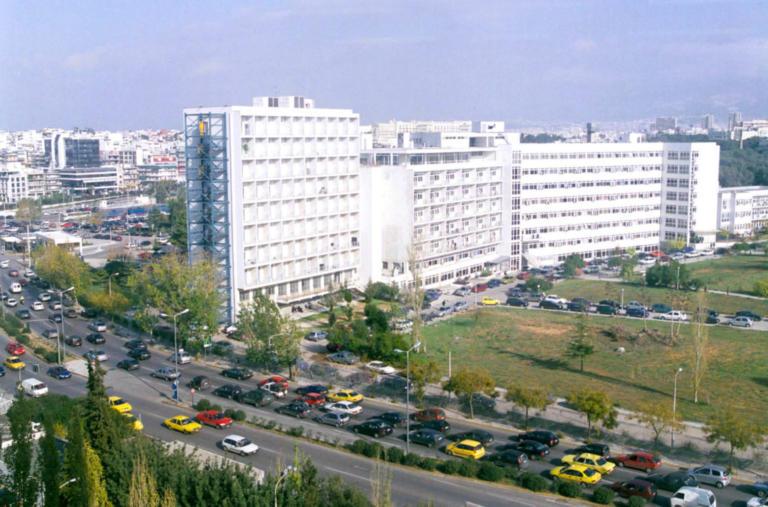 Αγωνία για τον στρατιωτικό που αυτοτραυματίστηκε στη Λέσβο | Newsit.gr