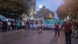 Επεισόδια στη Θεσσαλονίκη! Συγκρούσεις διαδηλωτών με αντιεξουσιαστές μετά την πορεία για τη Μακεδονία – video