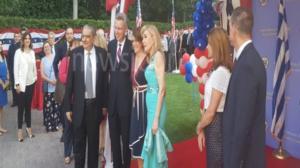 4η Ιουλίου… α λα ελληνικά! Εντυπωσιακοί εορτασμοί στην αμερικανική πρεσβεία [vid, pics]