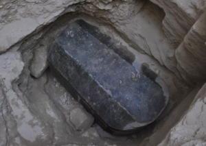 Φως στο μυστήριο με την τεράστια σαρκοφάγο – Τι λένε οι αρχαιολόγοι για τον «ένοικο»