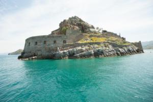 Σπιναλόγκα: Από την απομόνωση σε… top προορισμό! Εικόνες που «ταξιδεύουν»