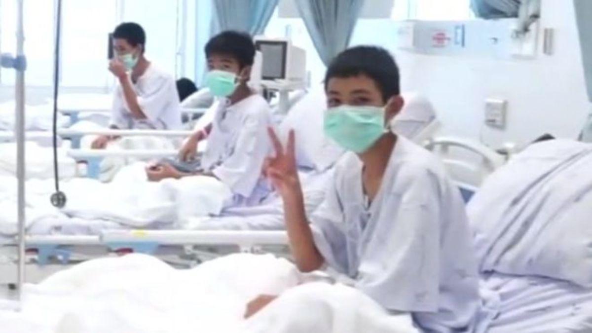 Ταϊλάνδη:  Οι πρώτες εικόνες των παιδιών μέσα από το νοσοκομείο! – video | Newsit.gr