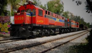 Μεταξουργείο: Σύγκρουση τρένου με αυτοκίνητο! Ανασύρθηκε τραυματίας ο οδηγός