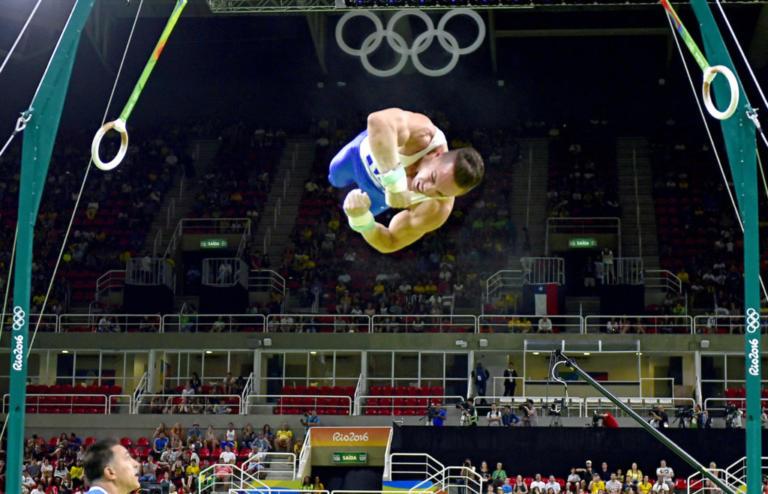 Πετρούνιας: Τρομερή προσπάθεια από τον Έλληνα πρωταθλητή! Φαβορί για ένα ακόμα χρυσό | Newsit.gr