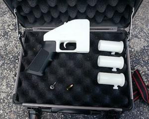 Οδηγίες για την εκτύπωση 3D όπλων έναντι… 10 δολαρίων!