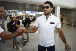 Αναχώρησε για Ελβετία ο Ολυμπιακός! Εικόνες από το αεροδρόμιο