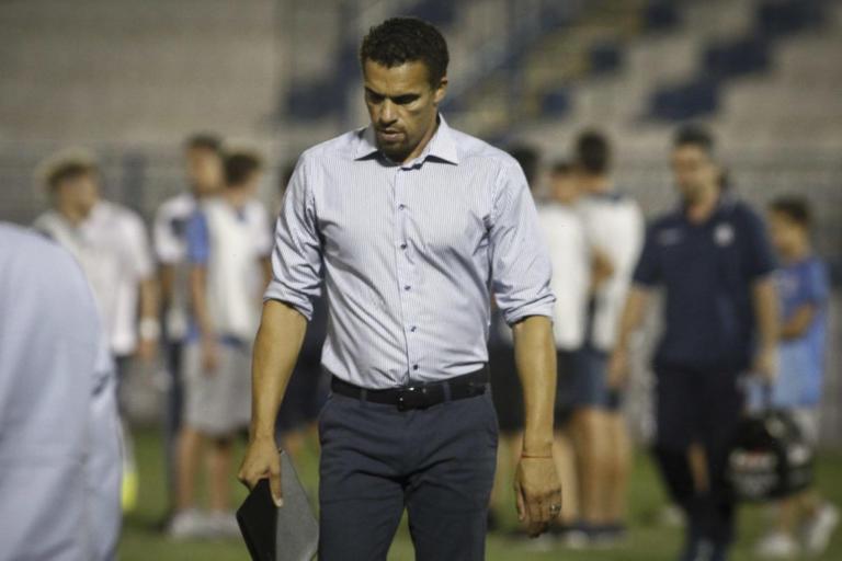 Αυτός είναι ο πρώτος προπονητής που φεύγει από τη φετινή Superleague! | Newsit.gr