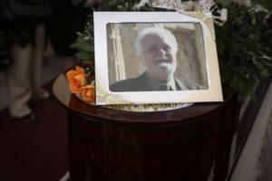Συγκίνηση στο αντίο του Σπύρου Μερκούρη, αδελφού της αξέχαστης Μελίνας