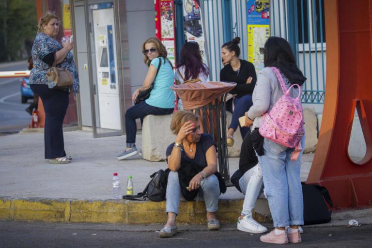 Φωτιά στο Ελευθέριος Βενιζέλος: Το εφιαλτικό ξύπνημα των επιβατών – Οι σκηνές που θα θυμούνται για πάντα [pics]