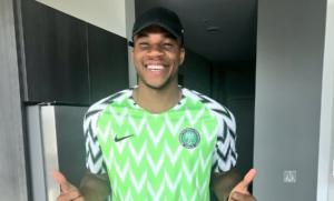 """Αντετοκούνμπο: Φόρεσε τη φανέλα της εθνικής Νιγηρίας ο """"Greek freak"""" [pic]"""