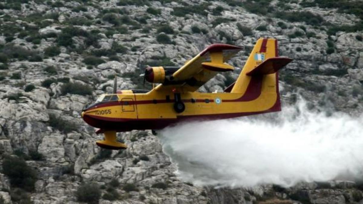 Υπό μερικό έλεγχο η πυρκαγιά στο Κορωπί | Newsit.gr