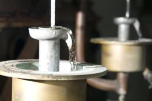 Το ούζο από τη Θράκη που κατακλύζει την αγορά του Ιράκ