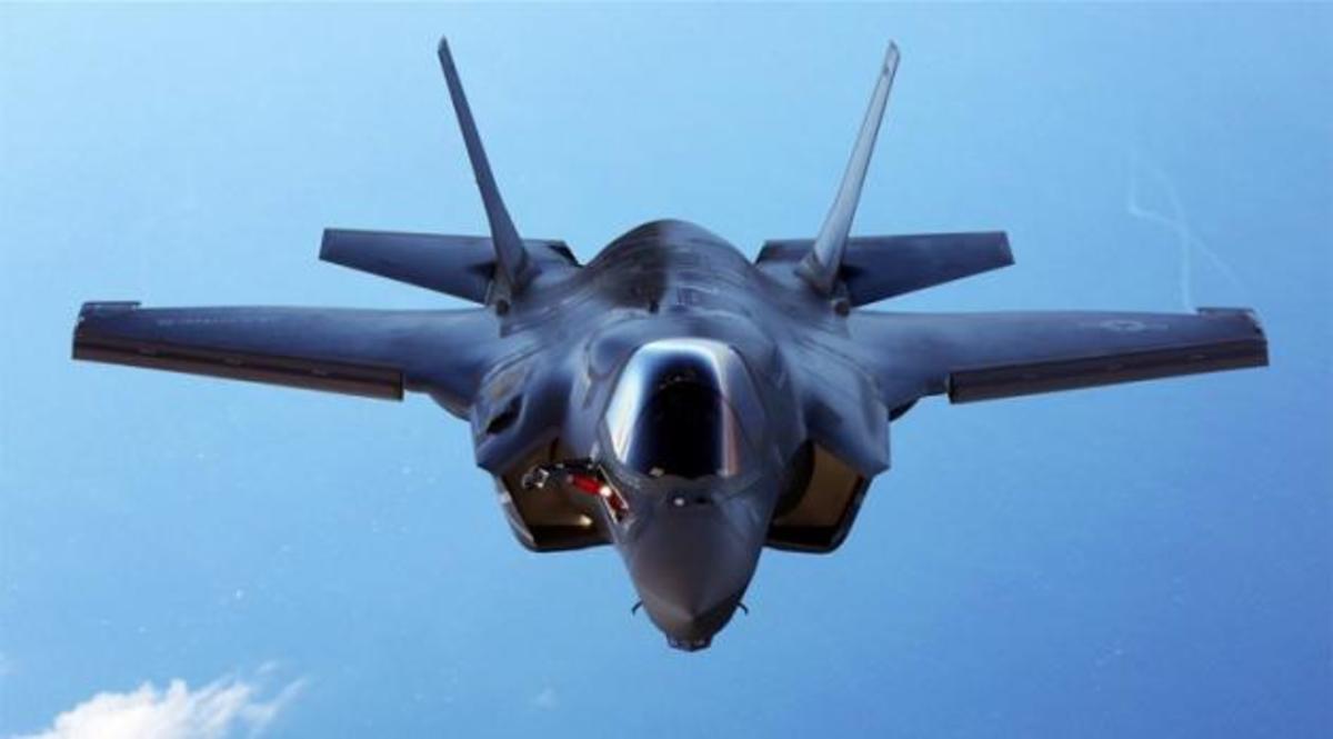 F35: Τι αποκαλύπτουν οι πιλότοι της RAF | Newsit.gr
