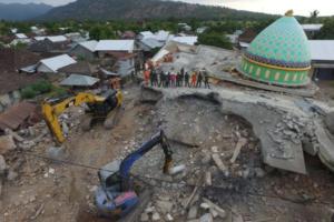 Απίστευτο! Ο σεισμός στην Ινδονησία σήκωσε το έδαφος 25 εκατοστά!